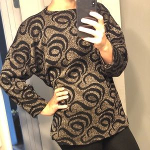 VTG | 1970s Black & Gold Swirl Sweater